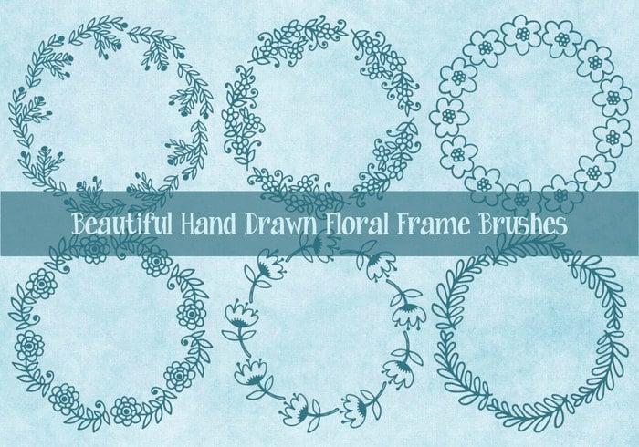 Cute dibujado a mano esbozo de cuadros florales pinceles
